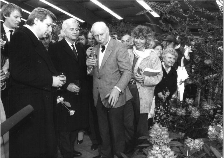 Rhododendrontaufe 'Berliner Liebe' 26. April 1985